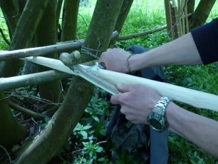 Bow Making Bushcraft Weekend Course - Photo 3