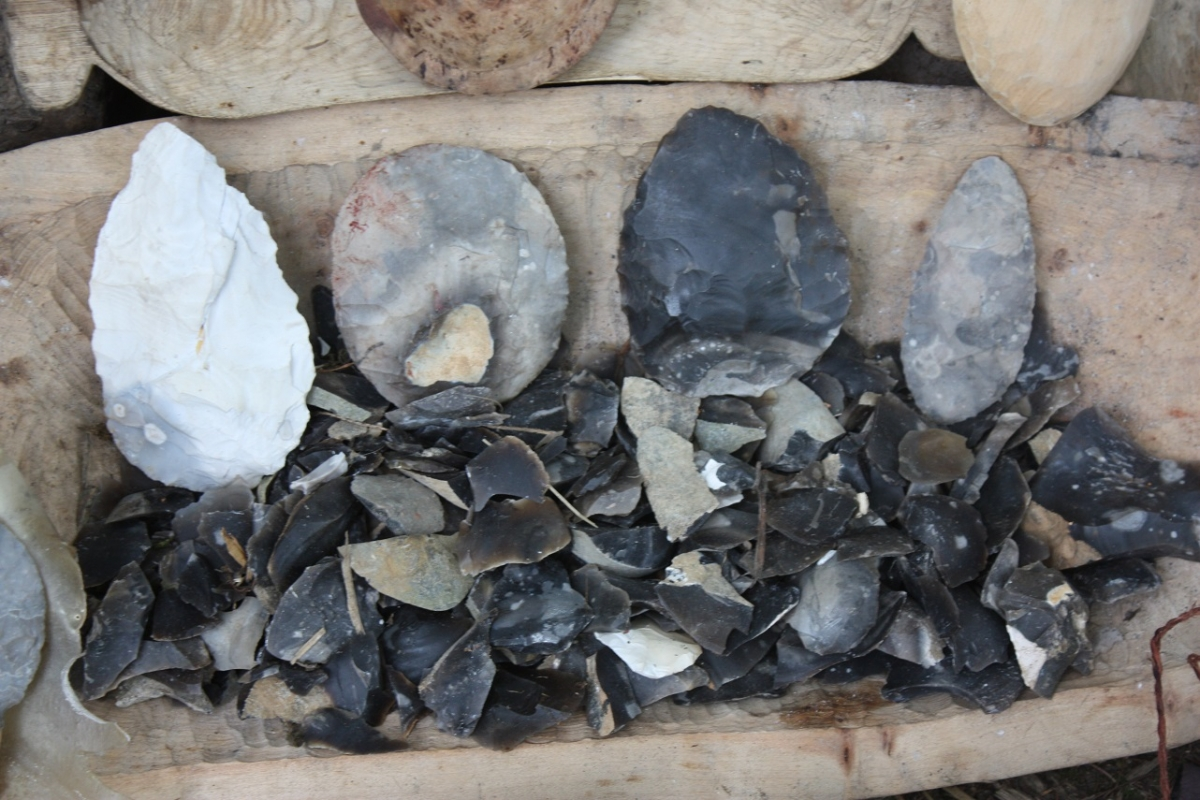 Flint knapping and bone working weekend - Photo 2